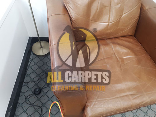 before and after cleaning the leather seat steam with the best equipment in Adelaide